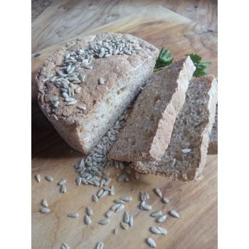 Хлебушек бездрожжевой пшеничный с семечками